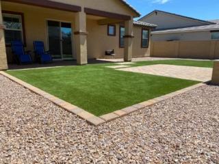 Artificial Grass – Back Yard – Edging and Decorative Rock – Yard Stylist – Chandler, AZ