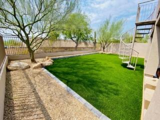 Artificial Grass – Edging and Decorative Rock – Yard Stylist – Desert Mountain Scottsdale Arizona