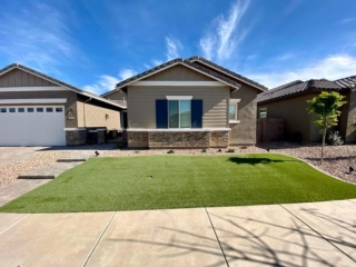 Artificial Grass – Front Lawn – Paver Sidewalk and Driveway – Decorative Rock – Yard Stylist – Fulton Homes, Queen Creek Station AZ