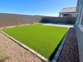 Artificial Grass Installation – East Mesa AZ – Backyard with Border and Gravel – The Yard Stylist