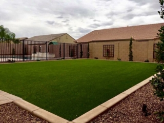 Artificial Grass Installation – San Tan Valley AZ – Full Yard with Landscaped Edging – The Yard Stylist
