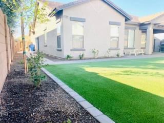 Artificial Grass – Lawn Edging – Plants – Sidewalks – Yard Stylist – Morrison Ranch, Gilbert AZ