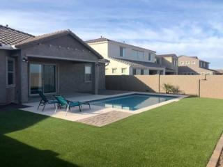 Artificial Grass – Paver Edging – Stone Around Pool – Yard Stylist – Eastmark – AZ