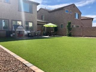 Artificial Grass – Paver Lawn Edging and Decorative Rock – Yard Stylist – Bridges at Gilbert – Gilbert AZ