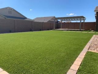 Artificial Grass – Pergola – Lawn Edging – Yard Stylist – Fulton Homes, Queen Creek Station AZ