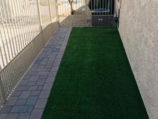 Artificial Grass – Side of Trilogy Golf Club – Yard Stylist – Power Ranch, AZ