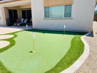 Putting Green – Back Yard Artificial Grass – Patio – Yard Stylist – Fulton Homes, Queen Creek Station AZ